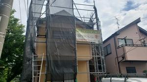 狛江市・調布・町田市で塗装工事施工中です!
