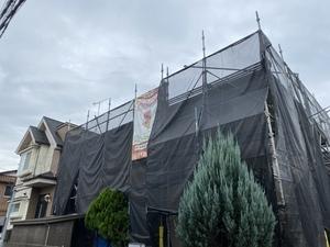 調布市佐須町で外壁屋根上葺き工事