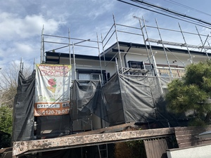 調布・狛江・国分寺で塗装工事しています。
