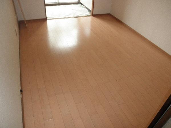 横浜市緑区東本郷 床暖房でポッカポカ