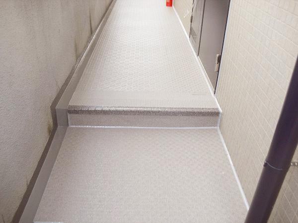 横浜市青葉区 Hマンションでタキステップ工事