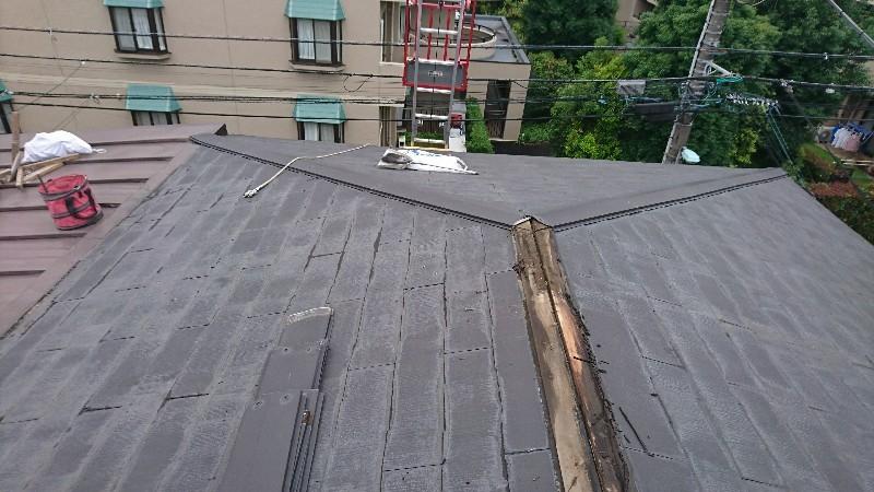 調布市国領町で屋根上葺き工事